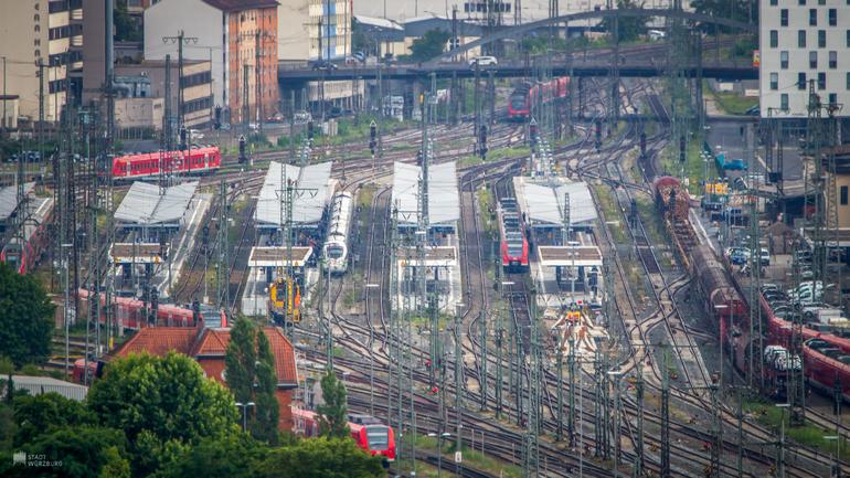Bahnsteige am Würzburger Hauptbahnhof